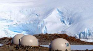 camping di Benua Antartika