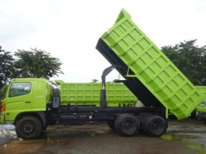 truk barang