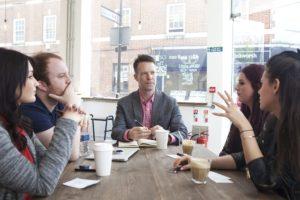 etika meeting bersama klien maupun teman kerja