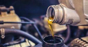 bahaya telat mengganti oli kendaraan