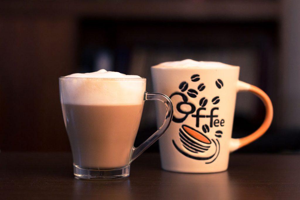 beda cappuccino dan latte