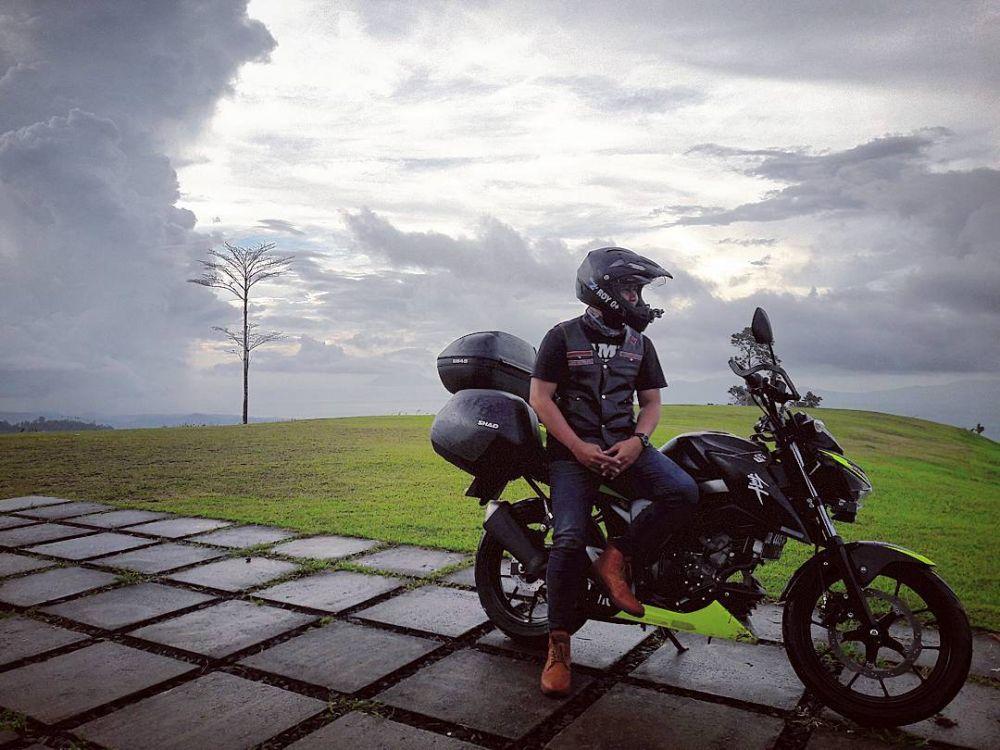 perjalanan jarak jauh dengan motor